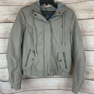 American Eagle Green Bomber Jacket Size M